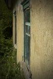老黏土房子的墙壁 图库摄影