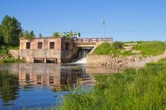 老水坝 免版税库存照片