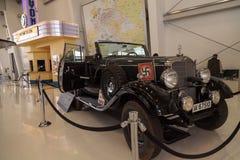 老1939年奔驰车模型G4游览无盖货车的Offener 免版税库存照片
