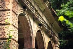 老浴房子别墅多立克体样式在Moneasa 库存图片