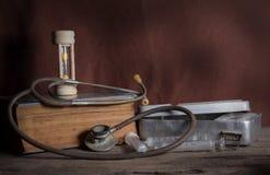 老医疗工具 库存照片