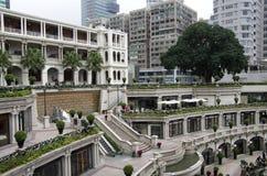 老建筑学庭院设计 免版税库存图片