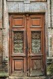 老建筑细节-在一个古老大厦的门 免版税库存照片