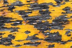 老黄色木头和金属背景纹理 免版税库存图片