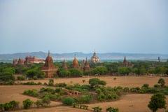 老Bagan古城塔  库存照片