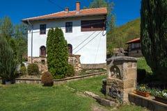 老Bulilding和庭院在中世纪Temski修道院圣乔治,共和国里塞尔维亚 库存图片