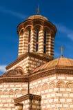老Curtea Veche教会在布加勒斯特,罗马尼亚 图库摄影