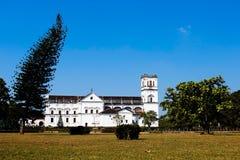 老goa的葡萄牙宽容大教堂 免版税库存照片