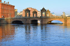 老Kalinkin桥梁在圣彼德堡 免版税库存照片