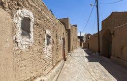 老Kharanagh村庄在亚兹德,伊朗 免版税库存图片