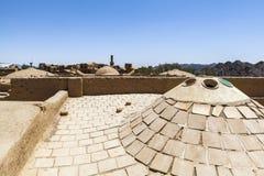 老Kharanagh村庄在亚兹德,伊朗 图库摄影