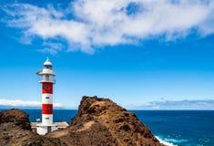 老Ligthouse在蓬塔Teno,特内里费岛,加那利群岛,西班牙 库存照片