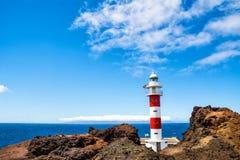 老Ligthouse在蓬塔Teno,特内里费岛,加那利群岛,西班牙 免版税图库摄影