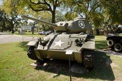 老M24坦克在博物馆 库存图片