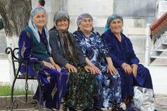 老Usbek妇女,撒马而罕,乌兹别克斯坦 免版税库存照片