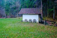 老watermill在地狱Pekel峡谷 免版税库存图片