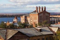 老Zhigulevsky啤酒厂的看法在翼果城市,俄罗斯 免版税库存图片