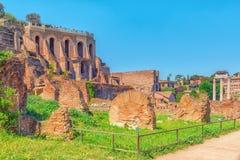 考古学和历史对象在罗马,团结由nam 免版税库存照片