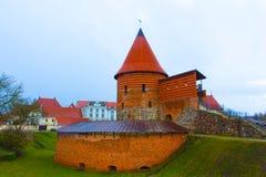 考纳斯城堡,被修造在14世纪中叶期间,在哥特式样式,考纳斯,立陶宛 免版税图库摄影