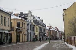 考纳斯,立陶宛- 2016年1月3日:考纳斯老c街道视图  图库摄影