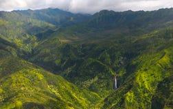 考艾岛瀑布 免版税图库摄影