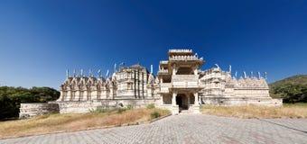 耆那教的寺庙在Ranakpur,印度 免版税图库摄影