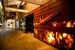耐克运行中存储在斯坦福购物中心 免版税库存图片