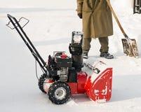 耕犁被推进的自雪 免版税图库摄影