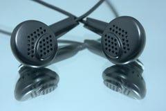 耳机对 免版税图库摄影