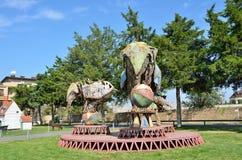 耶烈万,亚美尼亚, 2014年9月, 06日 亚美尼亚场面:没人,雕塑大象在生锈的金属板料竞技场  免版税库存照片