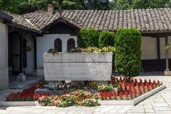 耶稣上生的东正教和戈采代尔切夫坟墓在斯科普里, R 免版税库存照片