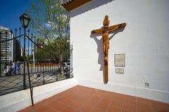 耶稣图象在十字架上钉死在墙壁上的 免版税库存图片