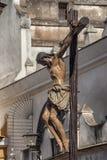 耶稣在十字架的`死亡,圣周在塞维利亚,学生团体  免版税库存图片
