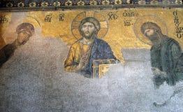 耶稣基督古老Deesis马赛克由圣母玛丽亚和圣若翰洗者侧了在圣索非亚大教堂大教堂里 图库摄影