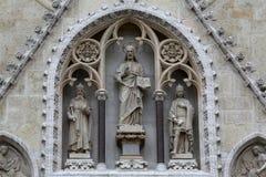 耶稣基督由圣徒斯蒂芬围拢了国王和圣拉迪斯劳斯, 库存照片