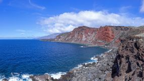 耶罗岛-海湾巴伊亚在La Restinga西部的de Naos 库存图片