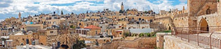 全景-老城市,耶路撒冷屋顶  免版税库存图片