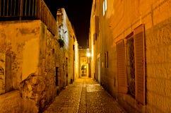 耶路撒冷胡同在晚上 库存照片