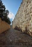 耶路撒冷运输路线狭窄 库存照片