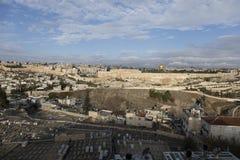 耶路撒冷,以色列- 2016年12月26日,一幅全景的耶路撒冷旧城 库存图片
