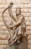 耶路撒冷-大卫国王雕塑致力以色列雕塑大卫Palombo (1920年- 1966) befort Davida€Tss国王坟茔 免版税库存照片