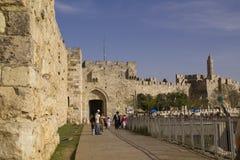 耶路撒冷- 3月29,2013 : 街道场面在耶路撒冷老镇  库存照片