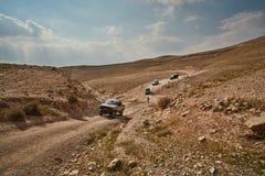 耶路撒冷- 10 04 2017年:在艰苦跋涉的吉普车,在以色列m 库存图片