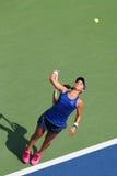 职业网球球员从美国的Lauren戴维斯在美国公开赛2014比赛期间 图库摄影