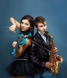 职业音乐家夫妇  免版税库存图片