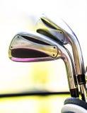 职业高尔夫球齿轮 免版税图库摄影