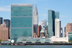 联合国总部大楼和其他摩天大楼在曼哈顿中城 库存图片