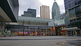 联合驻地在街市多伦多是最繁忙的火车站在加拿大2016年7月 库存照片