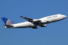联航波音747-400飞机 免版税库存图片