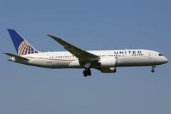 联航波音787 Dreamliner 免版税库存照片